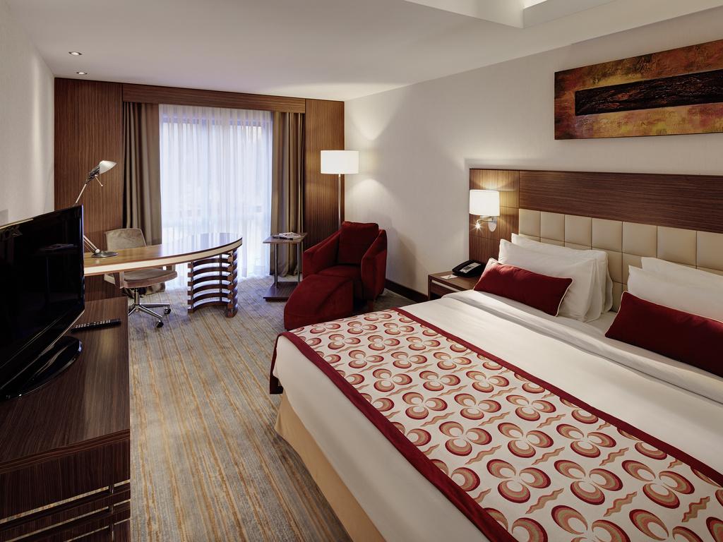mercure istanbul altunizade h tel contemporain istanbul. Black Bedroom Furniture Sets. Home Design Ideas