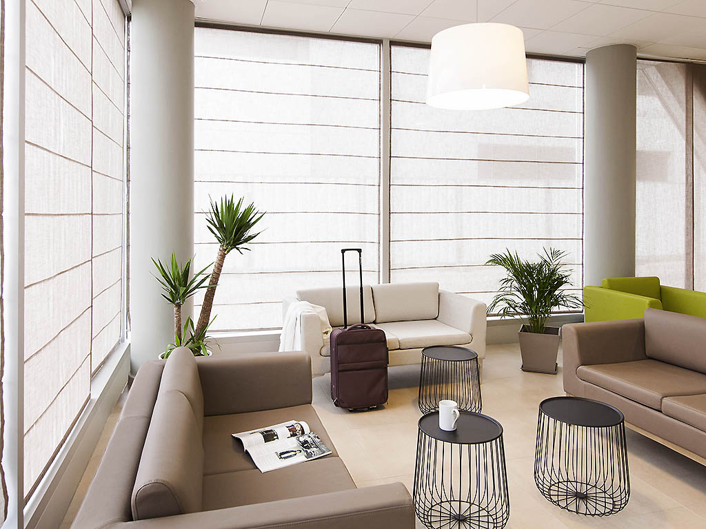appart hotel nancy r servez votre aparthotel adagio. Black Bedroom Furniture Sets. Home Design Ideas