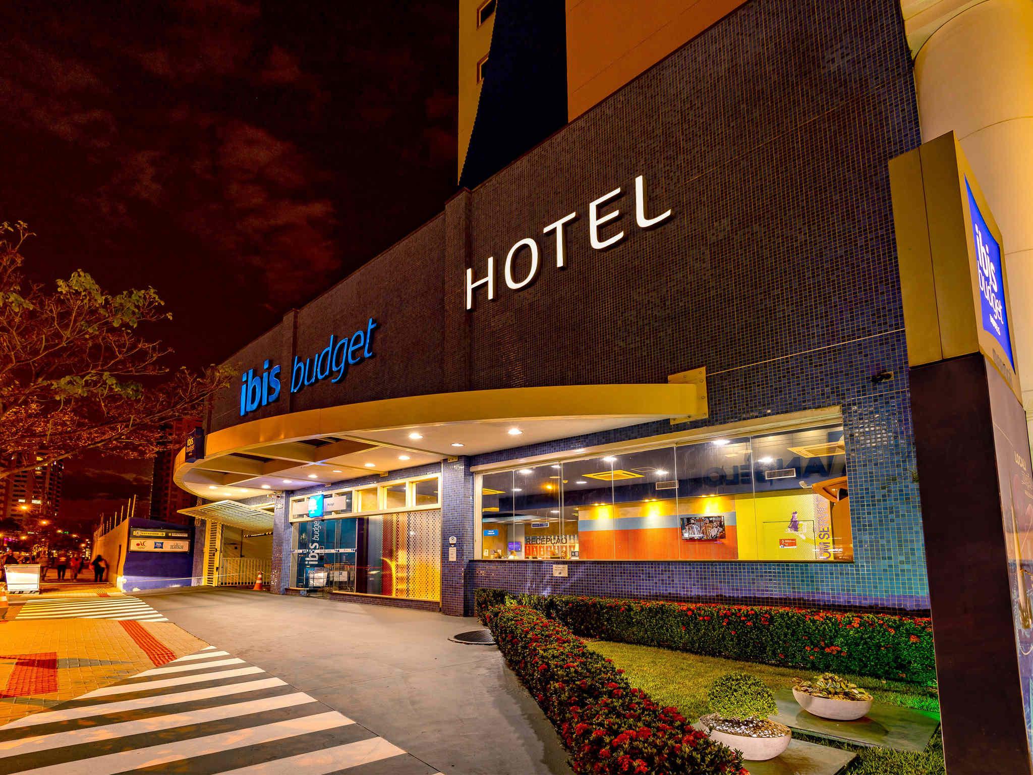 Отель — ibis budget Maringa