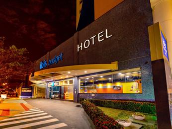 ibis budget Maringa