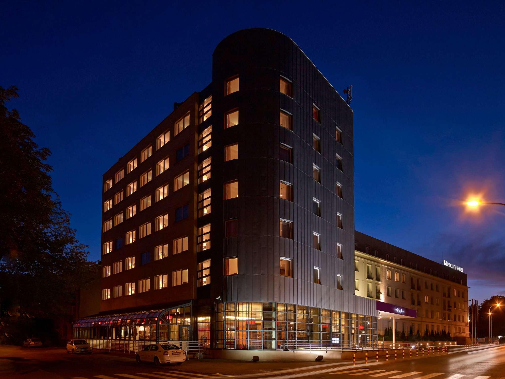 โรงแรม – Hotel Mercure Warszawa Airport
