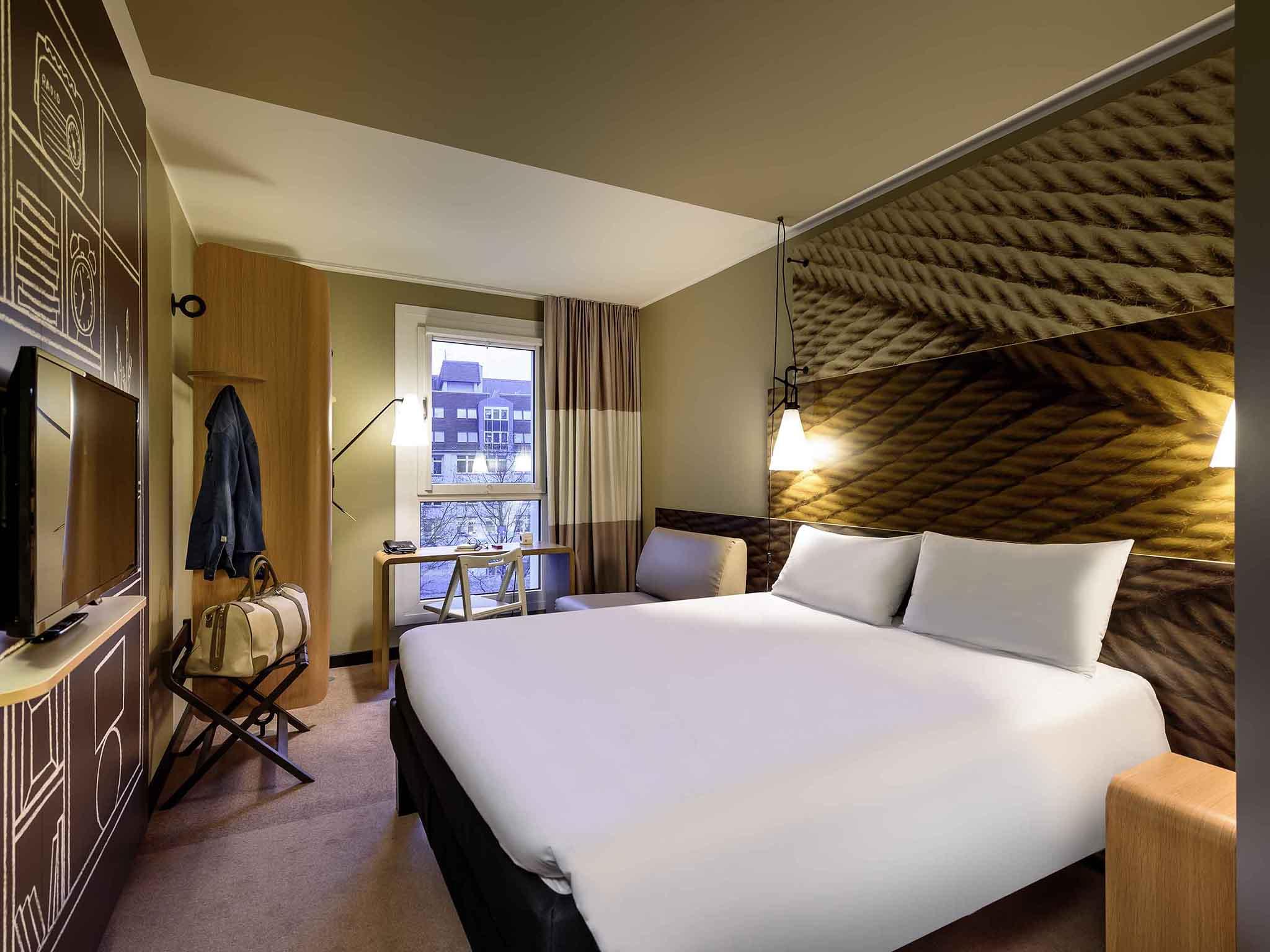 ... Rooms   Ibis Leipzig City ... Design Ideas