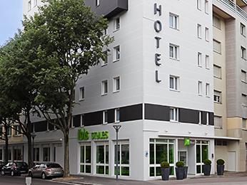 hotel pas cher villeurbanne ibis styles lyon villeurbanne. Black Bedroom Furniture Sets. Home Design Ideas