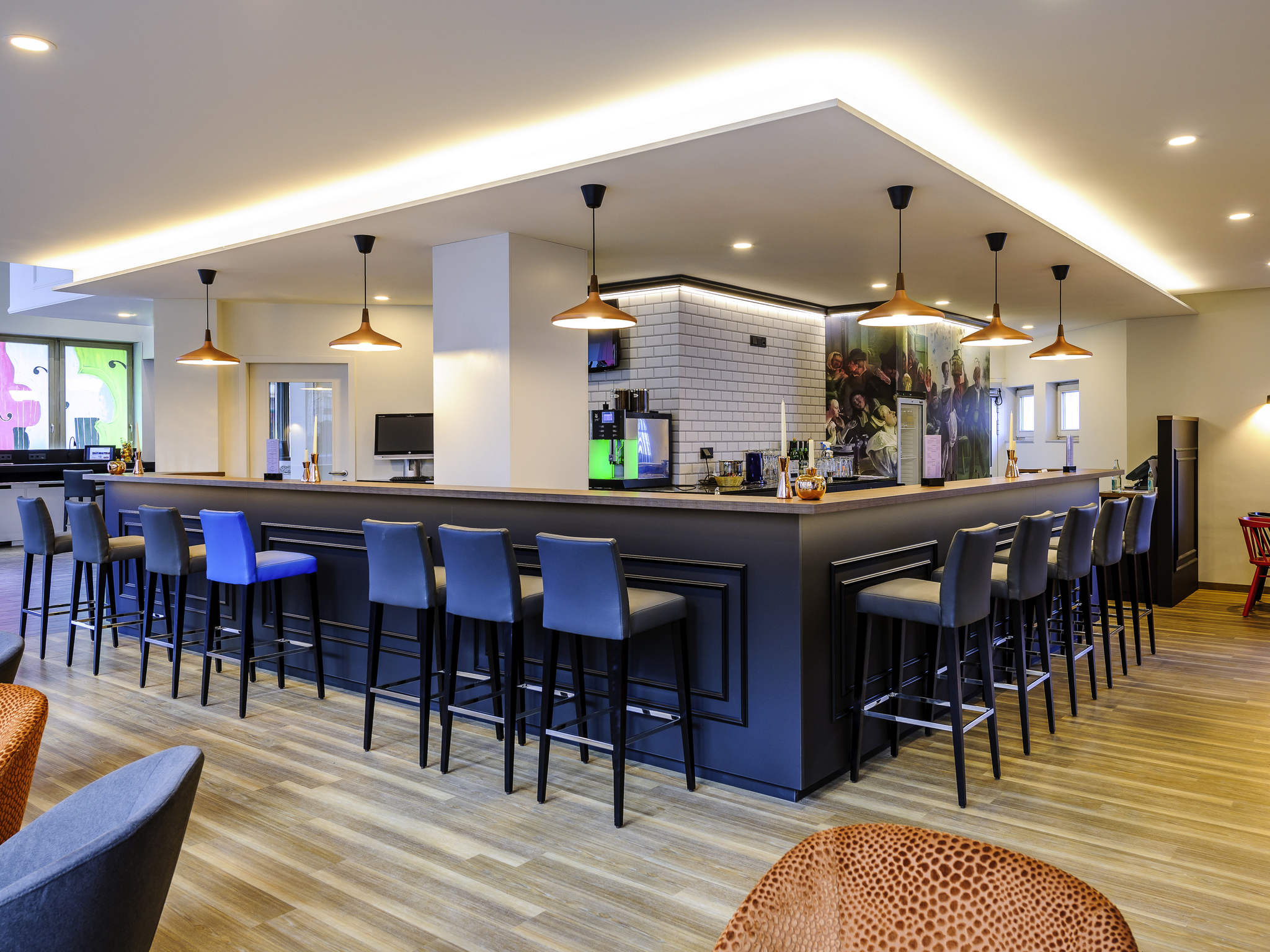 single bar halle