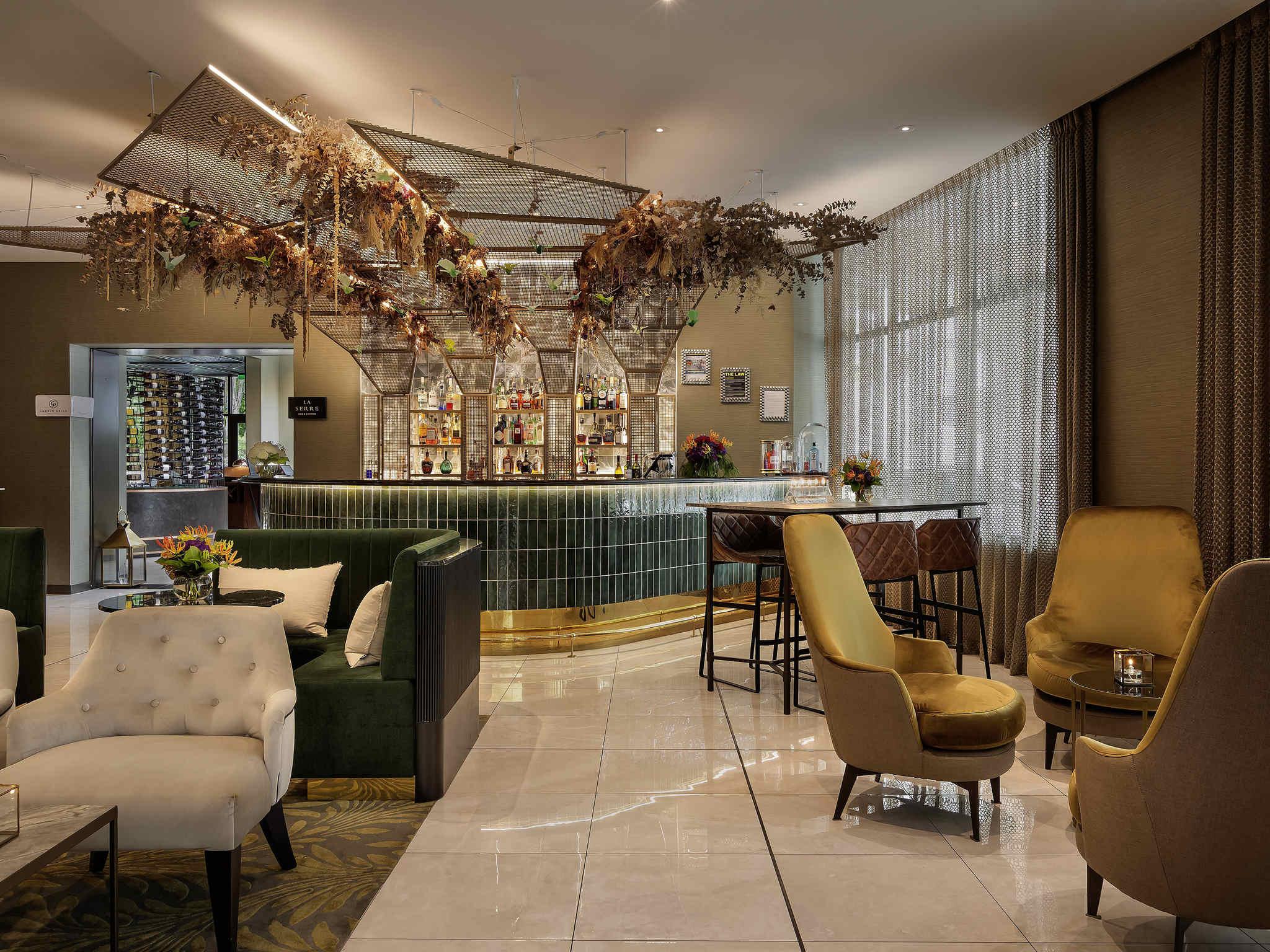 โรงแรม – Sofitel Wellington