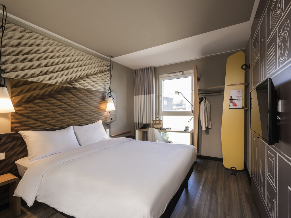 hotel in muenchen ibis muenchen city ost. Black Bedroom Furniture Sets. Home Design Ideas
