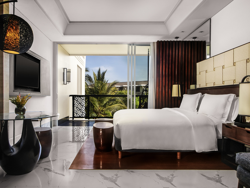 Sofitel Bali Nusa Dua Beach Resort Luxury Accorhotels Voucher Hotel Hostel Nine Dollar Room 1 King Size Bed