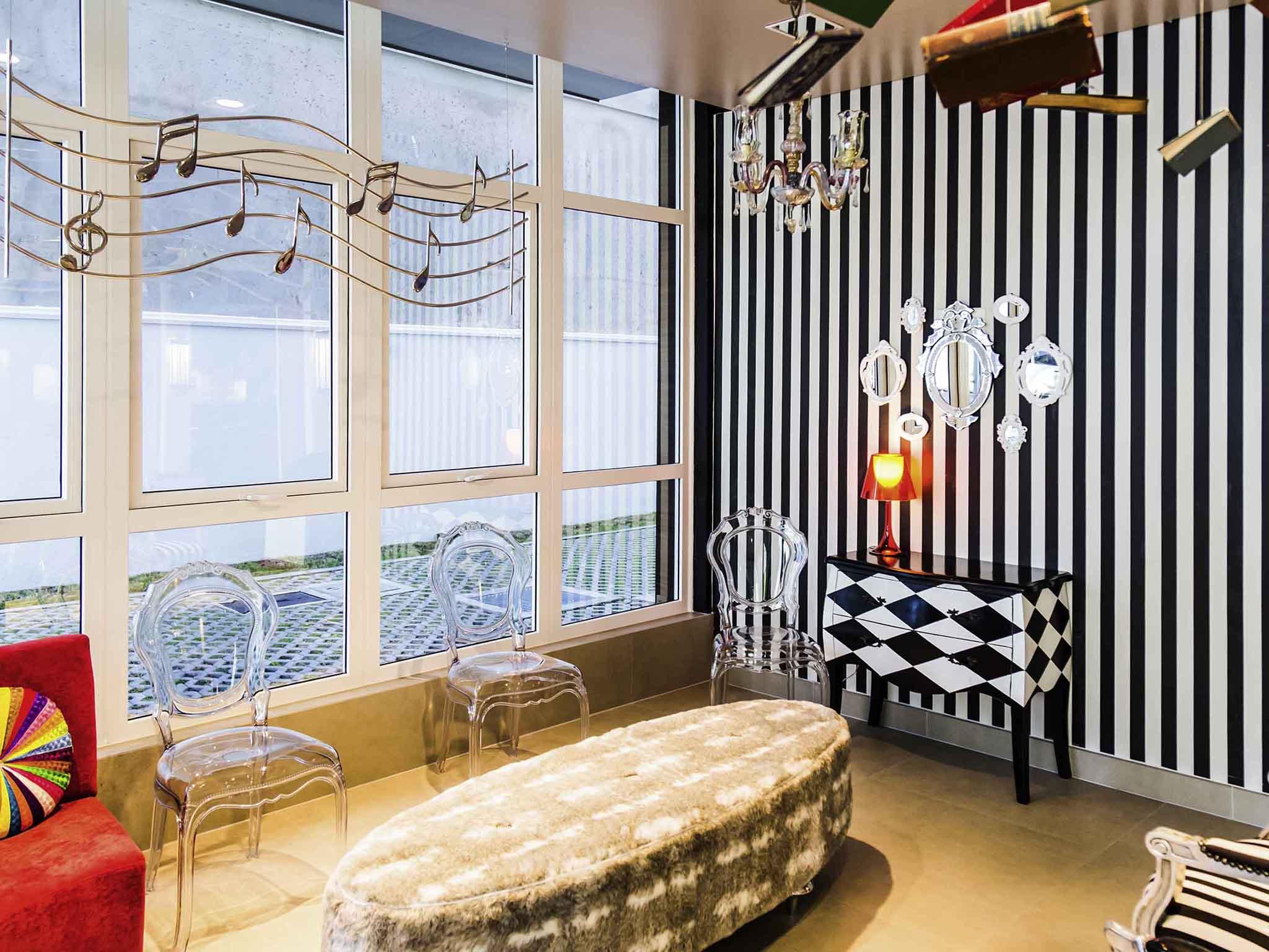 โรงแรม – ibis Styles Porto Alegre Centro