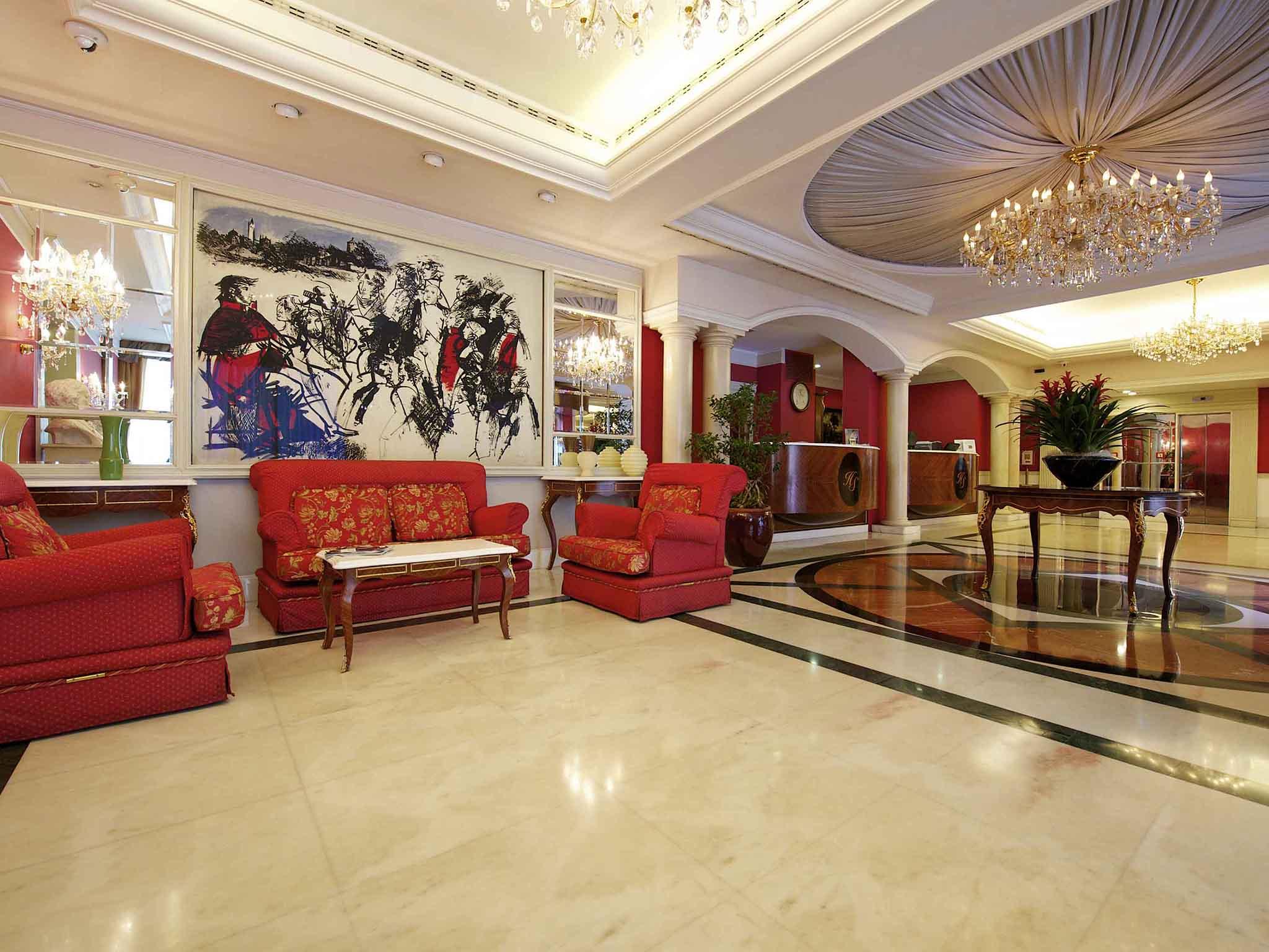 โรงแรม – Mercure Parma Stendhal
