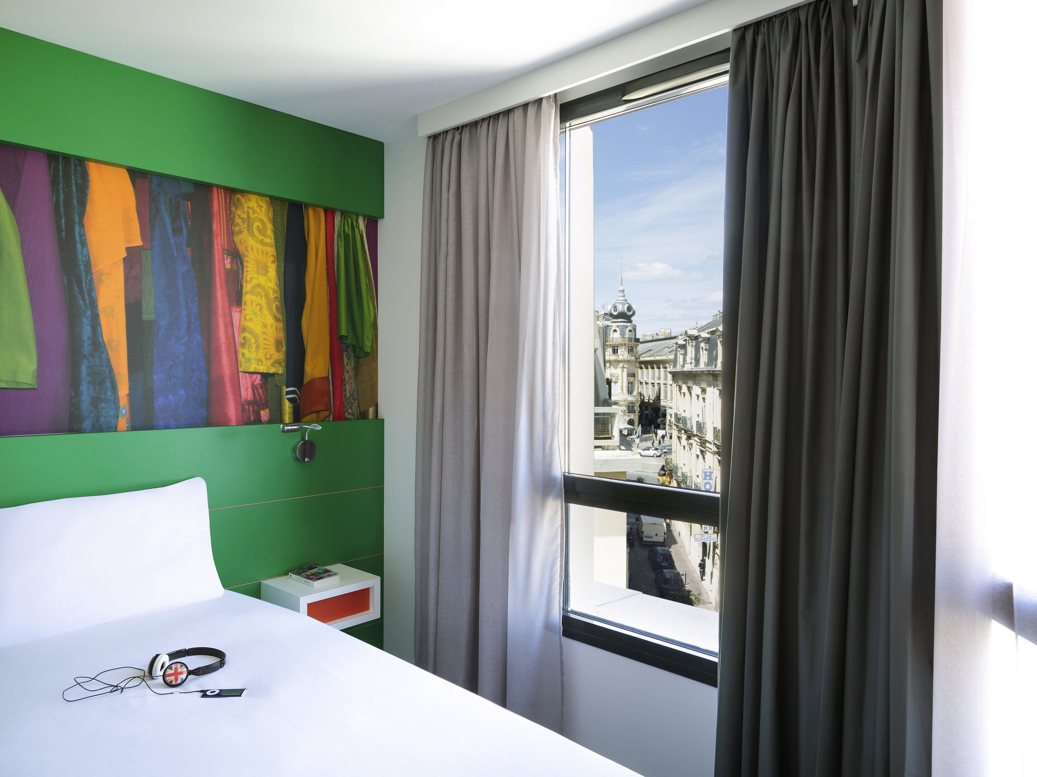 hotel in montpellier ibis styles montpellier centre comedie. Black Bedroom Furniture Sets. Home Design Ideas