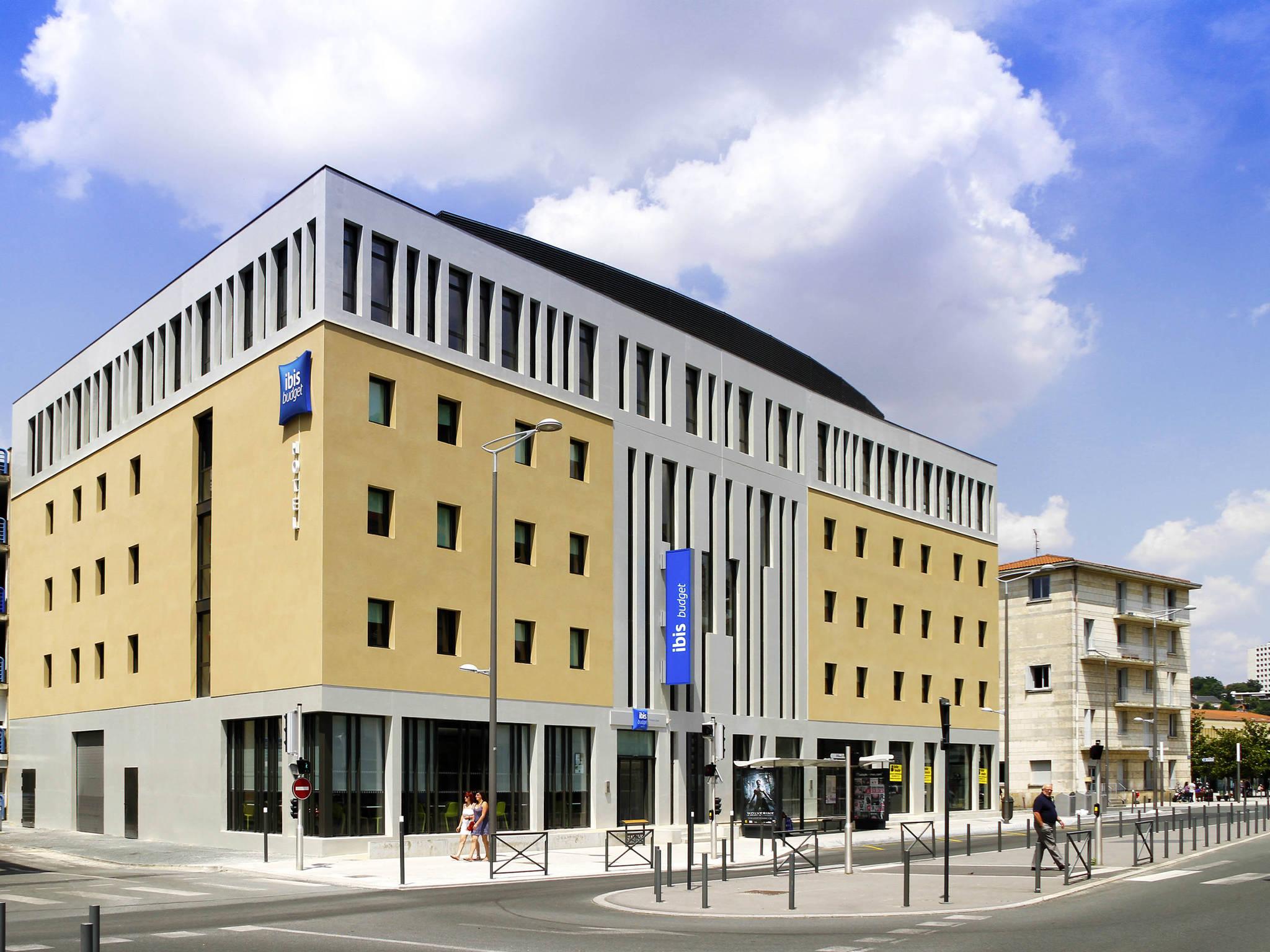 Hôtel - ibis budget Poitiers Centre Gare