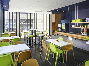 hotel pas cher poitiers ibis budget poitiers centre gare. Black Bedroom Furniture Sets. Home Design Ideas