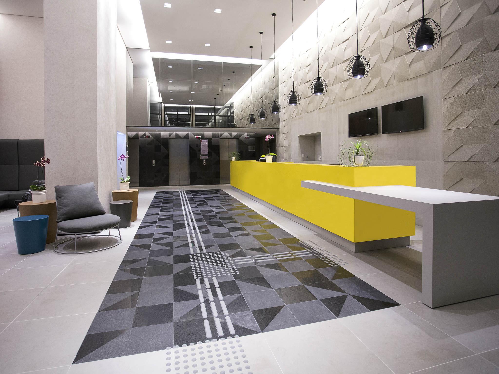 โรงแรม – Aparthotel Adagio Salvador
