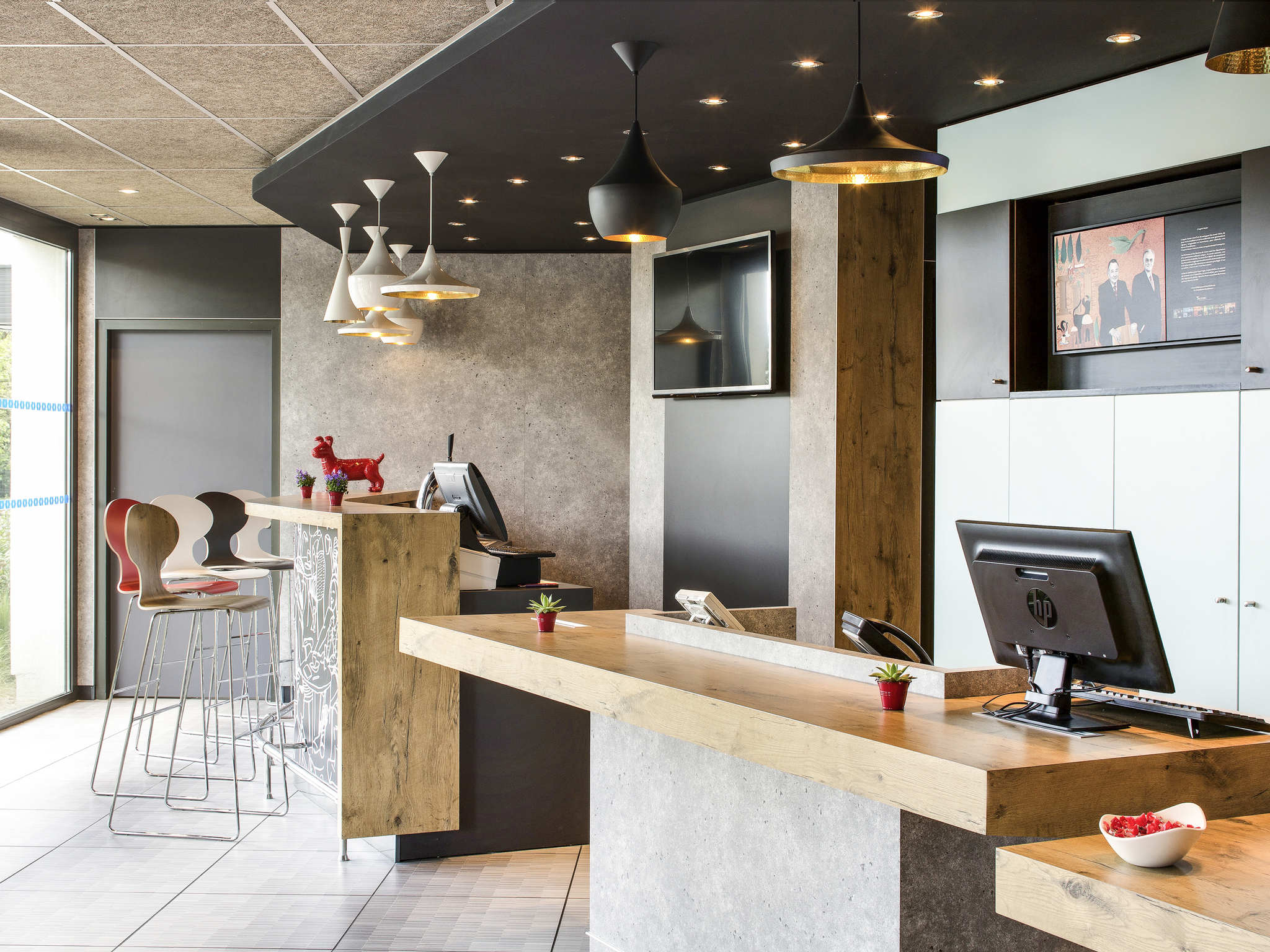hotel in montceau les mines ibis montceau les mines. Black Bedroom Furniture Sets. Home Design Ideas