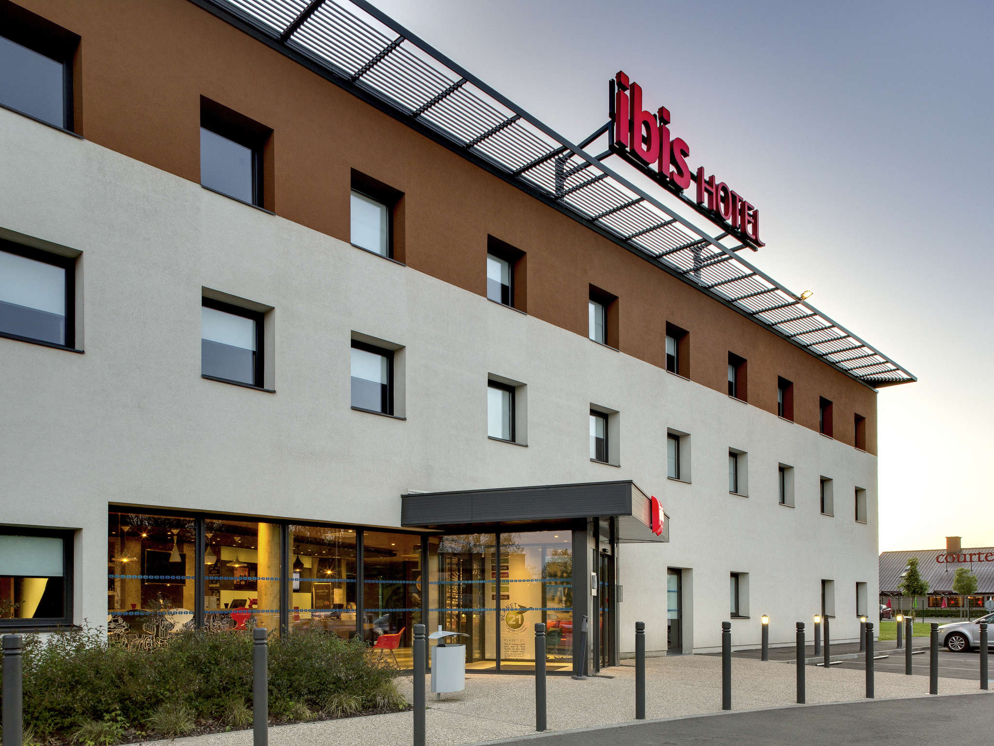 Hotell – ibis Montceau-les-Mines