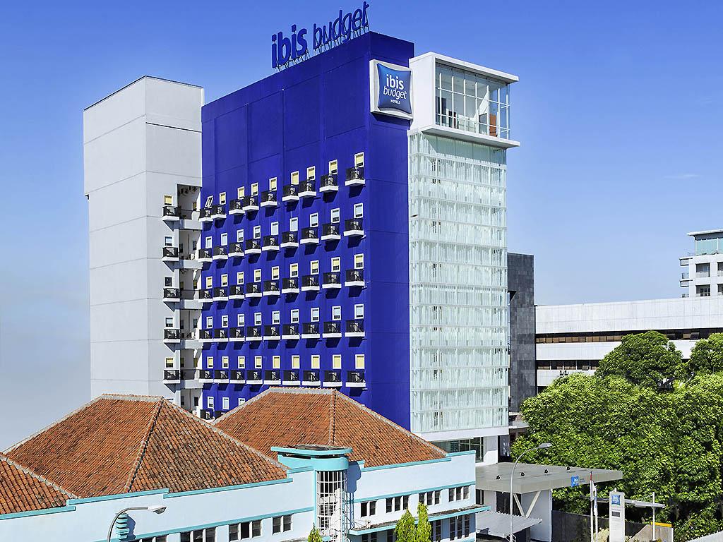 Hotel Budget In Bandung Ibis Budget Bandung Asia Afrika