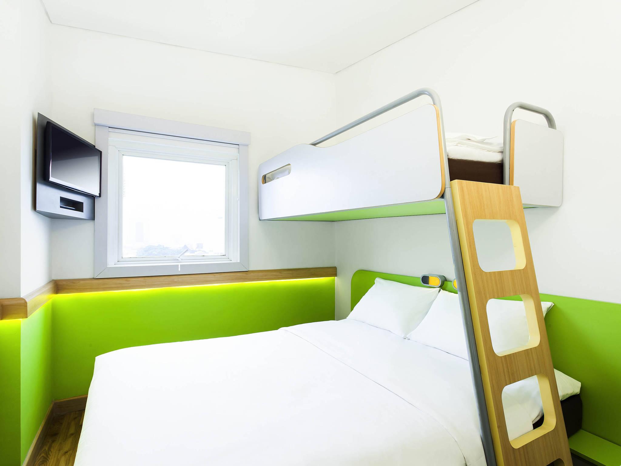 Hotel Budget In BANDUNG