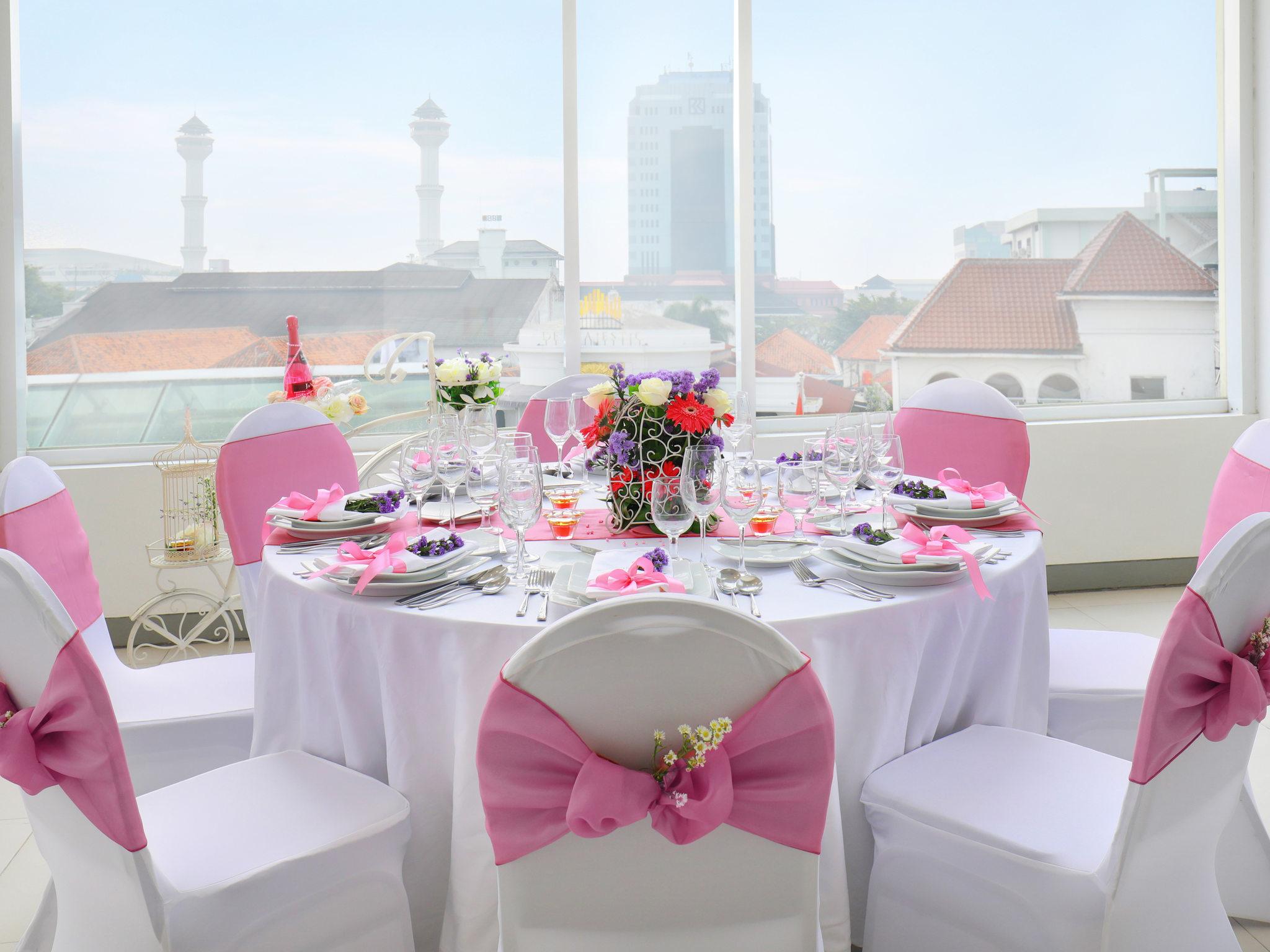 Hotel in bandung ibis styles bandung braga accorhotels meetings and events ibis styles bandung braga junglespirit Gallery
