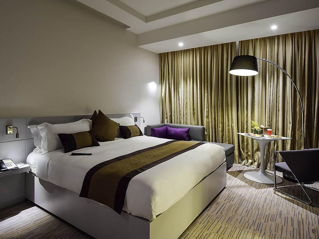 Hotel riyadh novotel suites riyadh dyar for Sofa bed jeddah