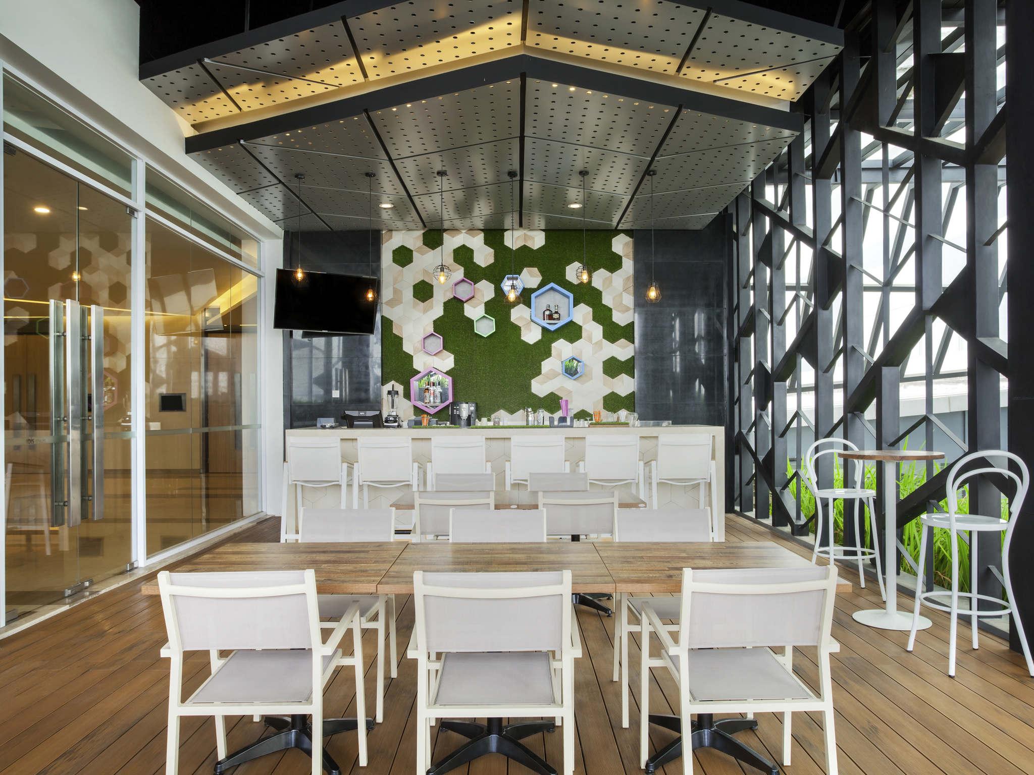 Hotel In Sunter Ibis Styles Jakarta Accorhotels Voucher Carrefour Rp 15000000 Bar