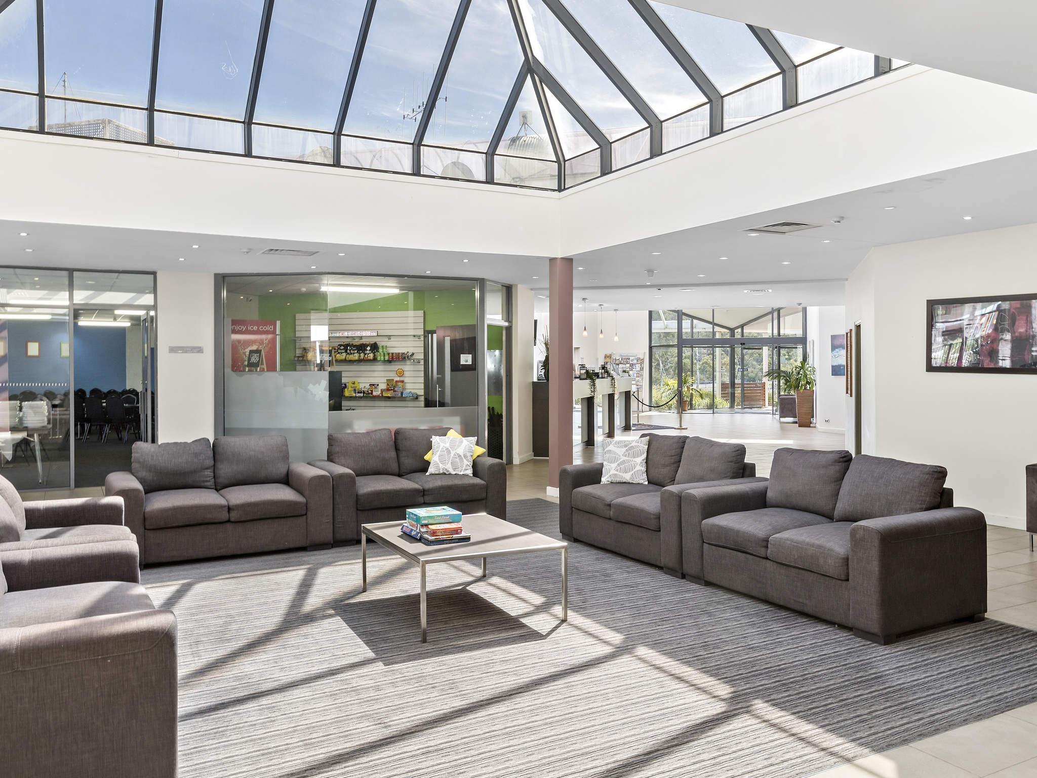 โรงแรม – ibis Styles Canberra Eaglehawk