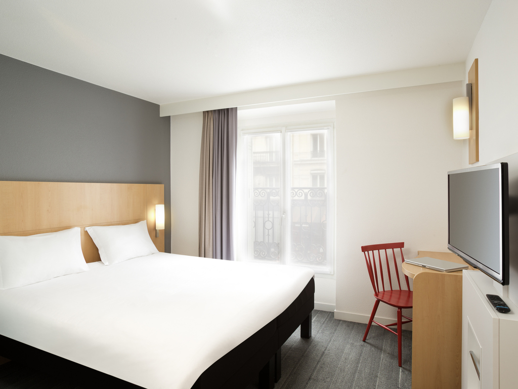 goedkoop hotel parijs ibis parijs gare du nord tgv. Black Bedroom Furniture Sets. Home Design Ideas