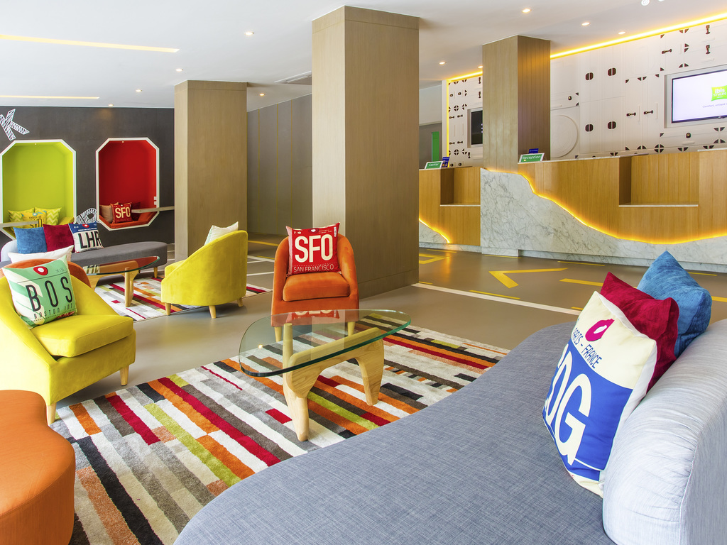 Hotel in bangkok ibis styles bangkok sukhumvit 50 for Top design hotels bangkok