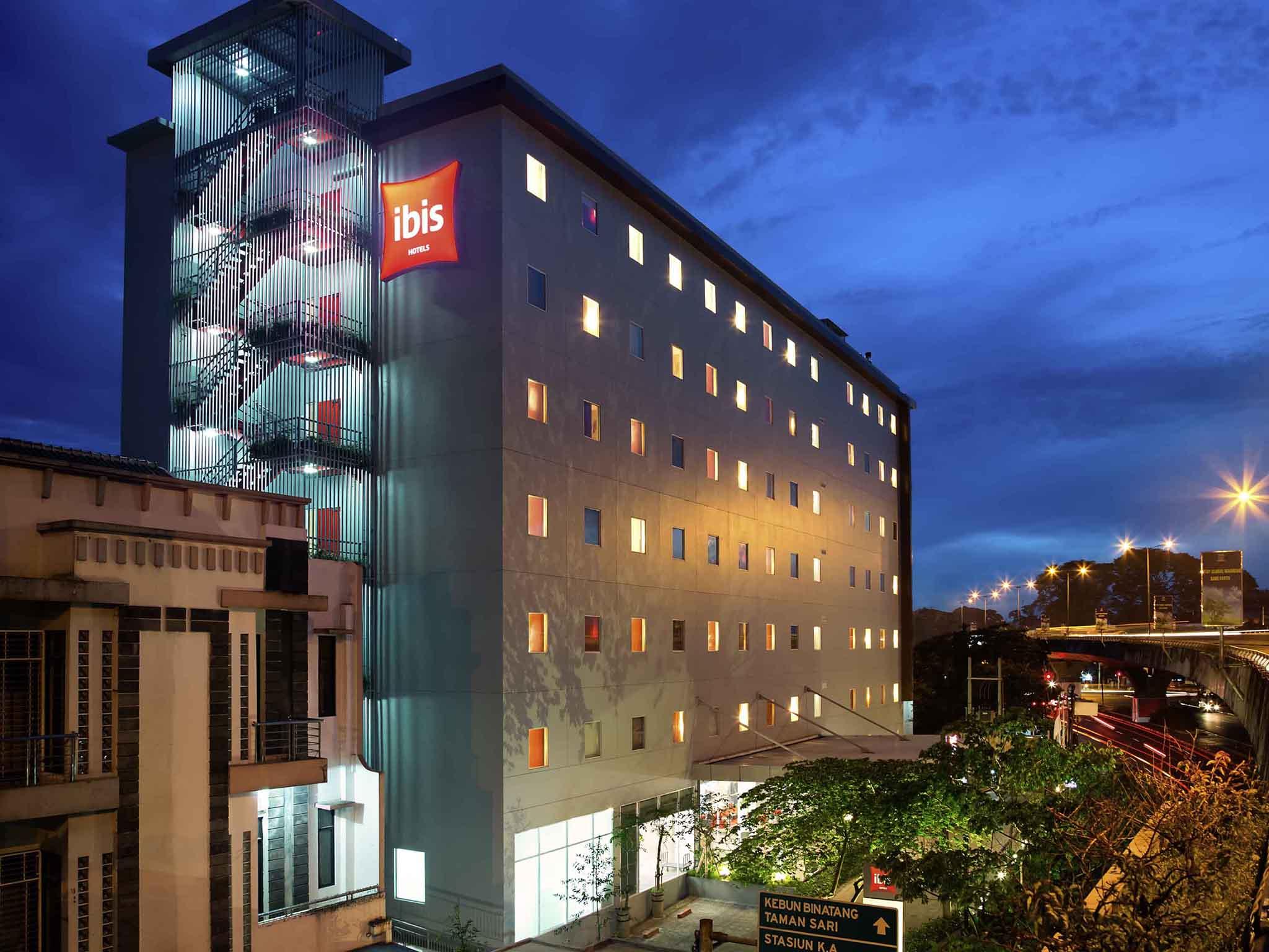 Hotell – ibis Bandung Pasteur