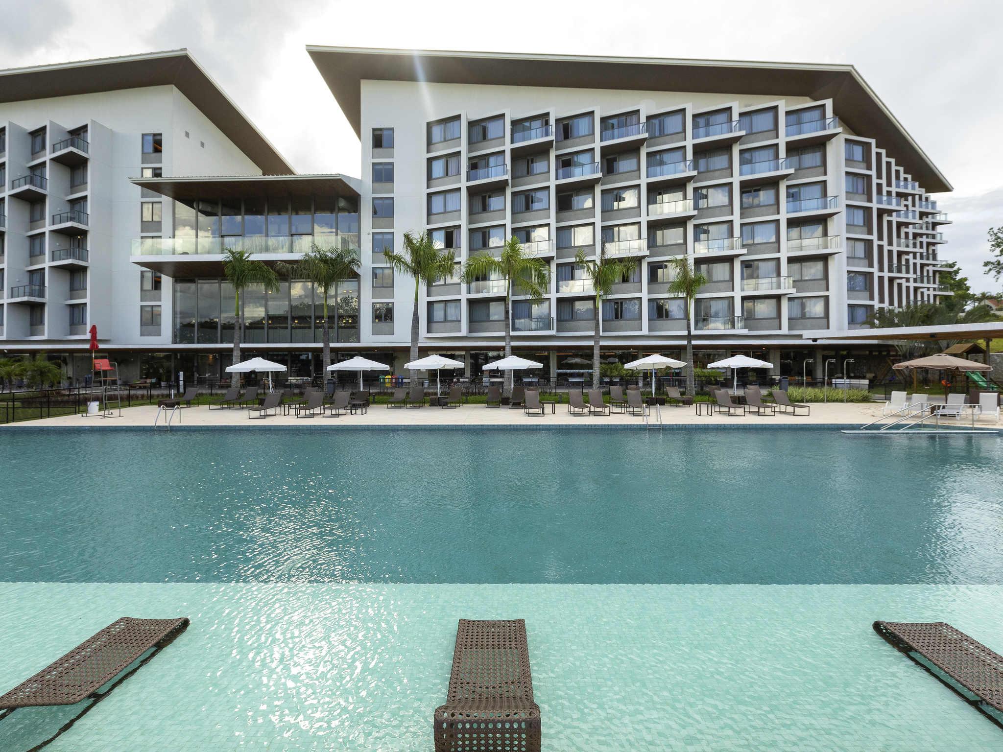 โรงแรม – Novotel Itu Golf & Resort
