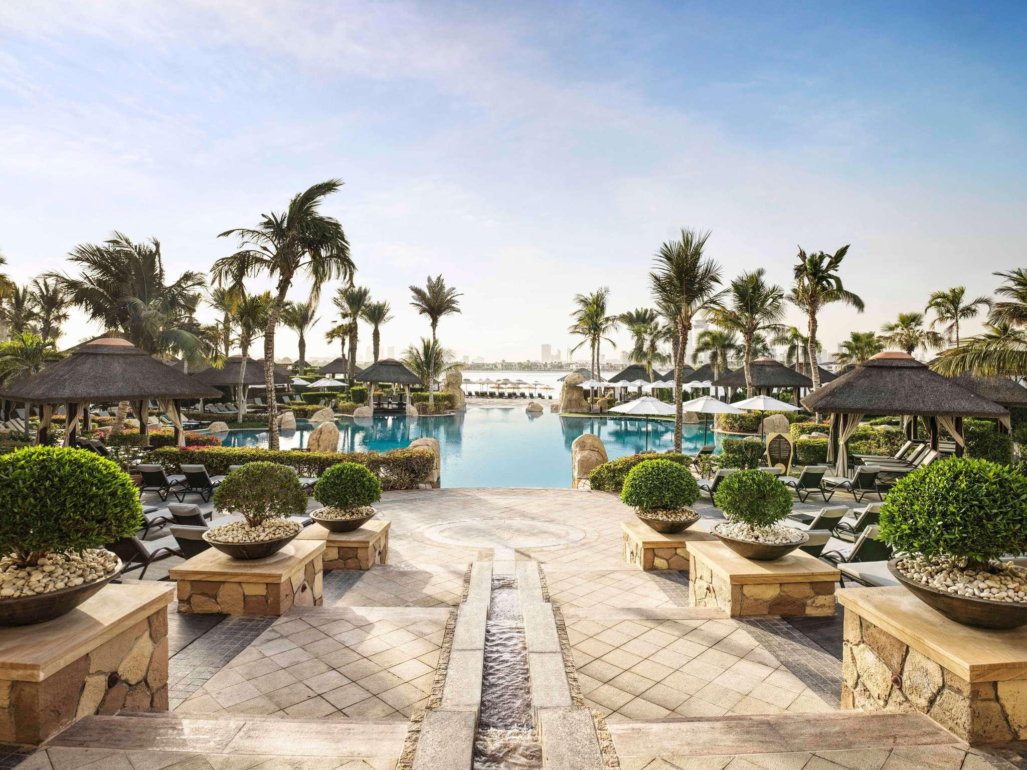 36 Palms Boutique Retreat Hotel In Dubai Sofitel Dubai The Palm Resort Spa