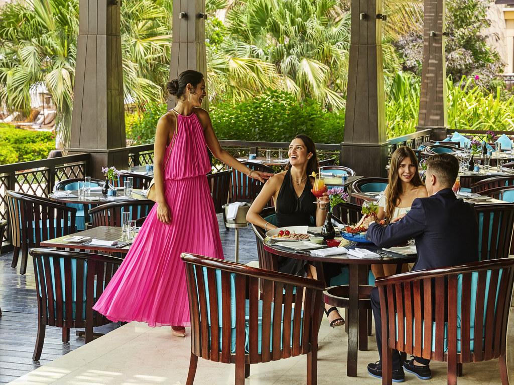 Luxushotel dubai sofitel dubai the palm luxury apartments for Luxury places in dubai
