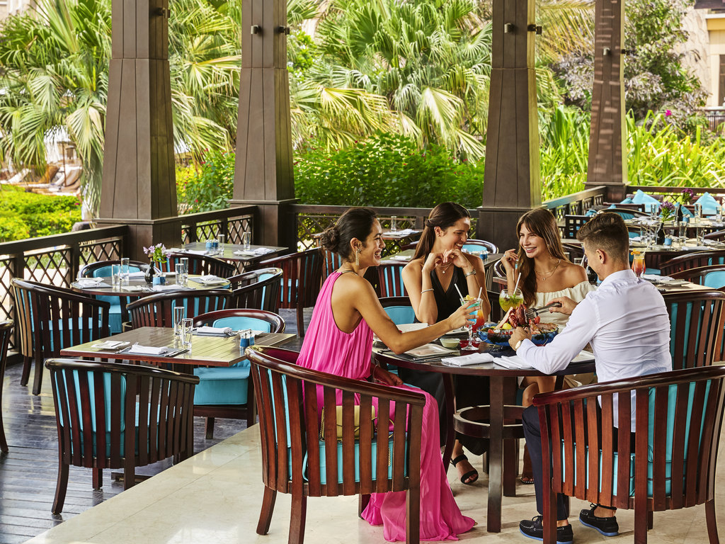 Maui beach dubai restaurants by accorhotels for Dubai luxury