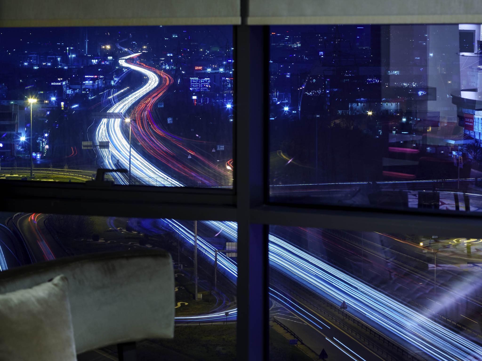 Отель — Pullman Стамбул Аэропорт энд Конвеншн Центр