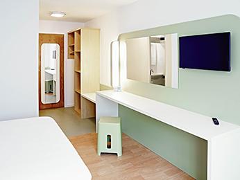 Cheap Hotel Warrington Family Room