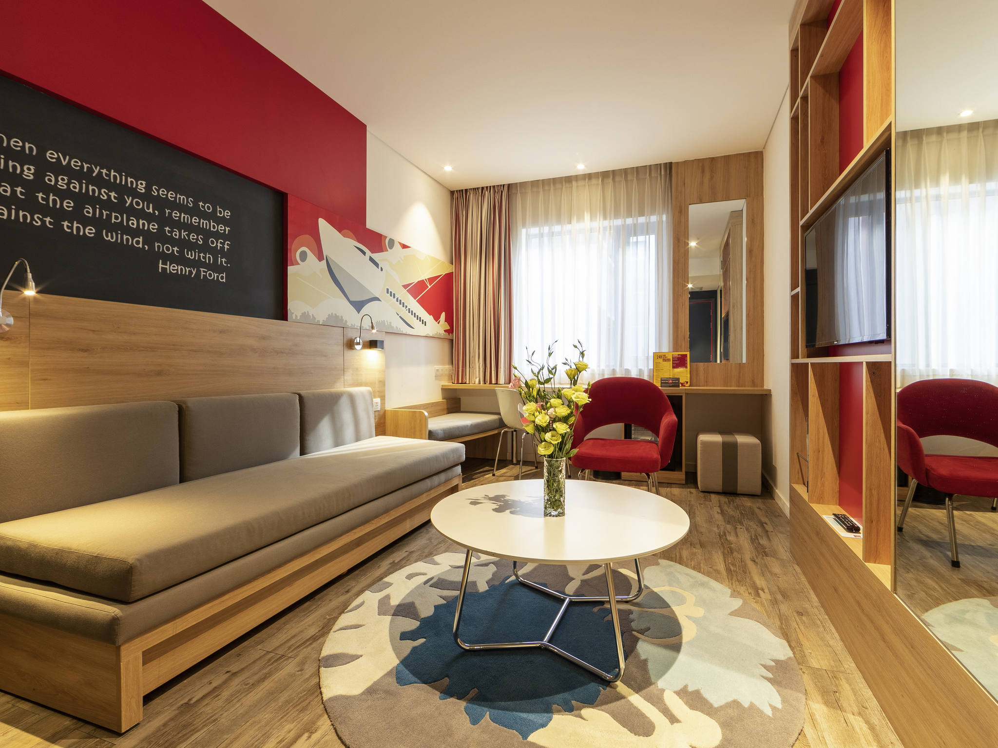 Airport Bed Hotel Hotel In Ho Chi Minh Ibis Saigon Airport