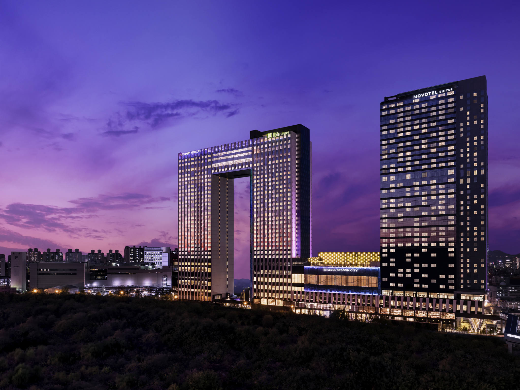 Отель — Grand Mercure Амбассадор Сеул Йонсан - Seoul Dragon City