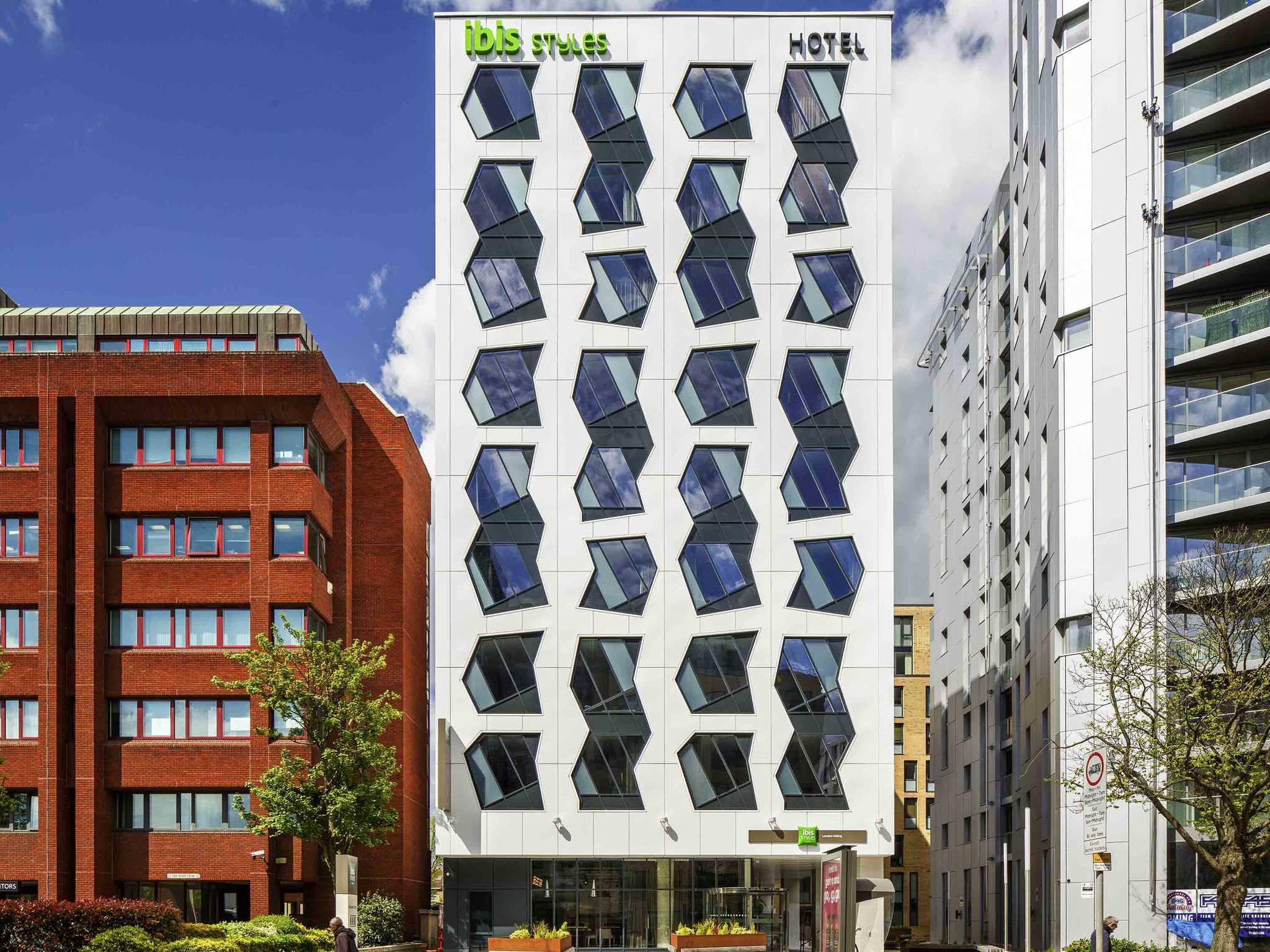 Hotell – ibis Styles London Ealing (öppet)