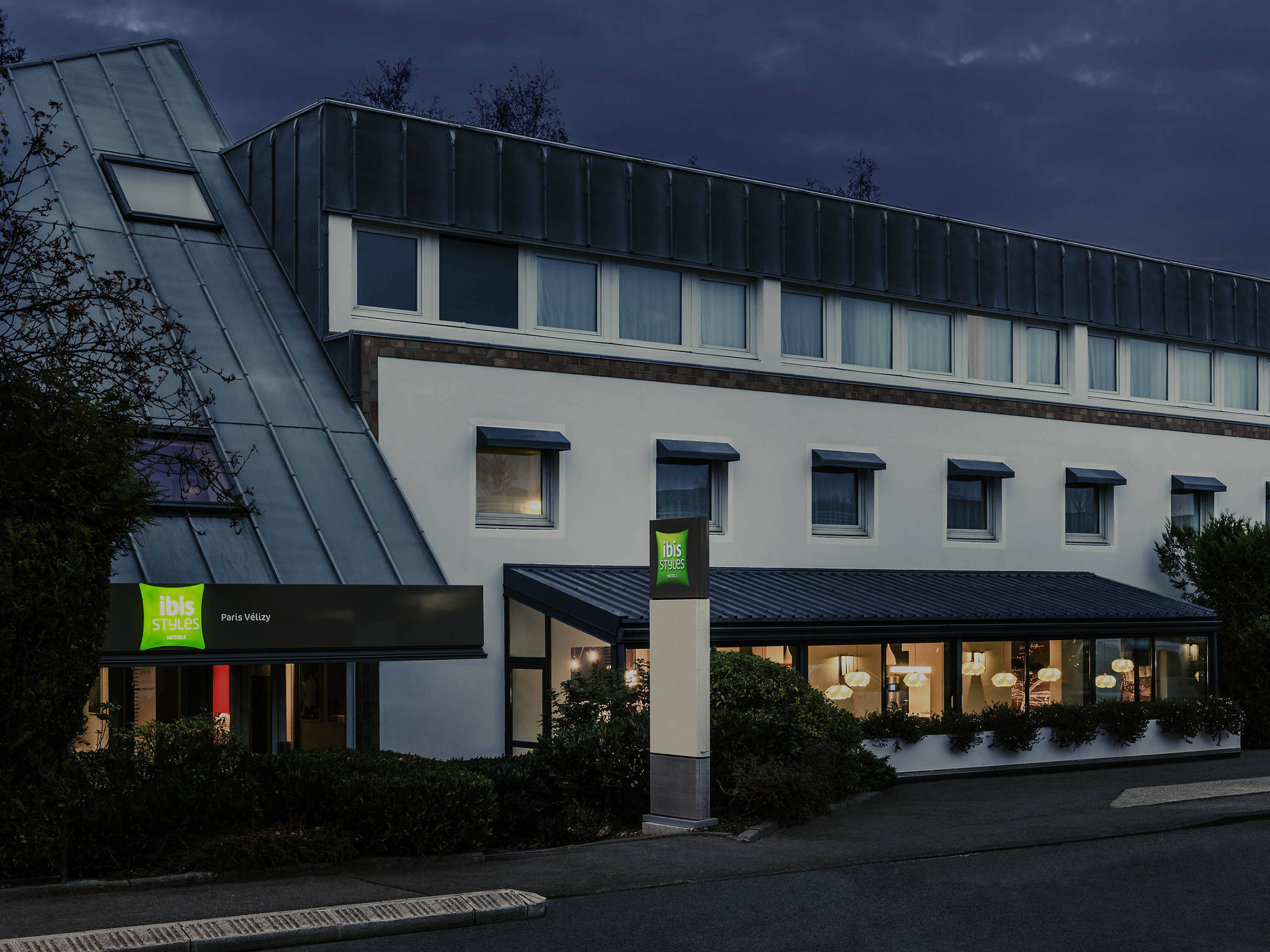 Appart hotel velizy great rue christophe colomb massy for Appart hotel ibis