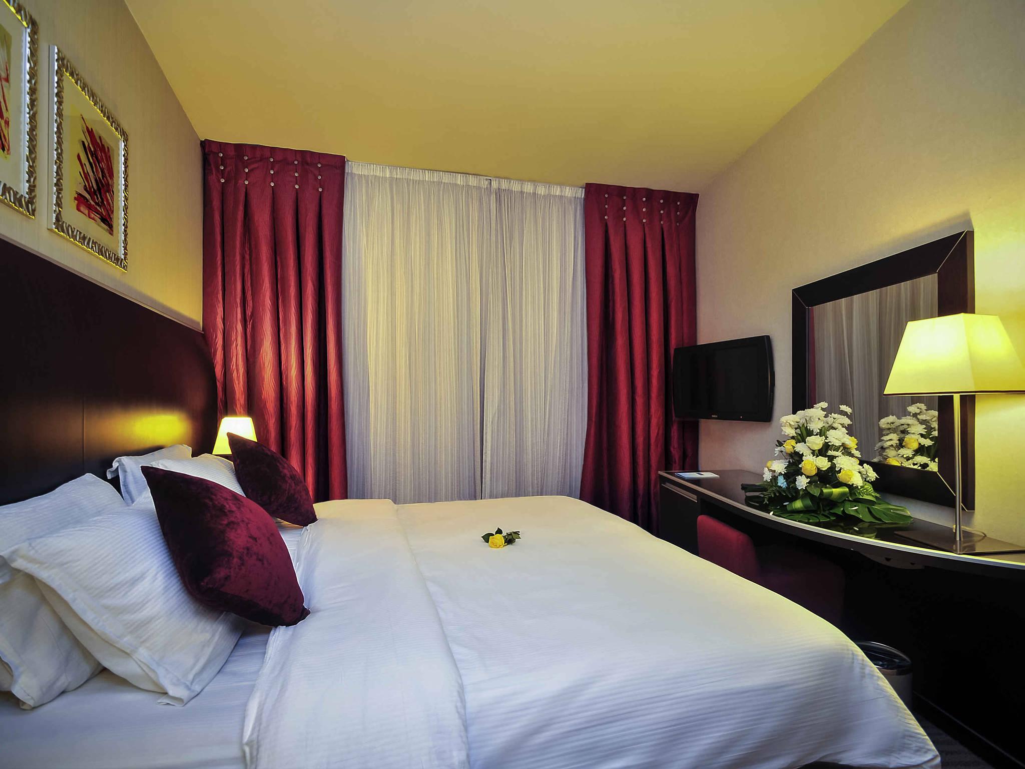 Hotel – Majlis Grand Mercure Madinah