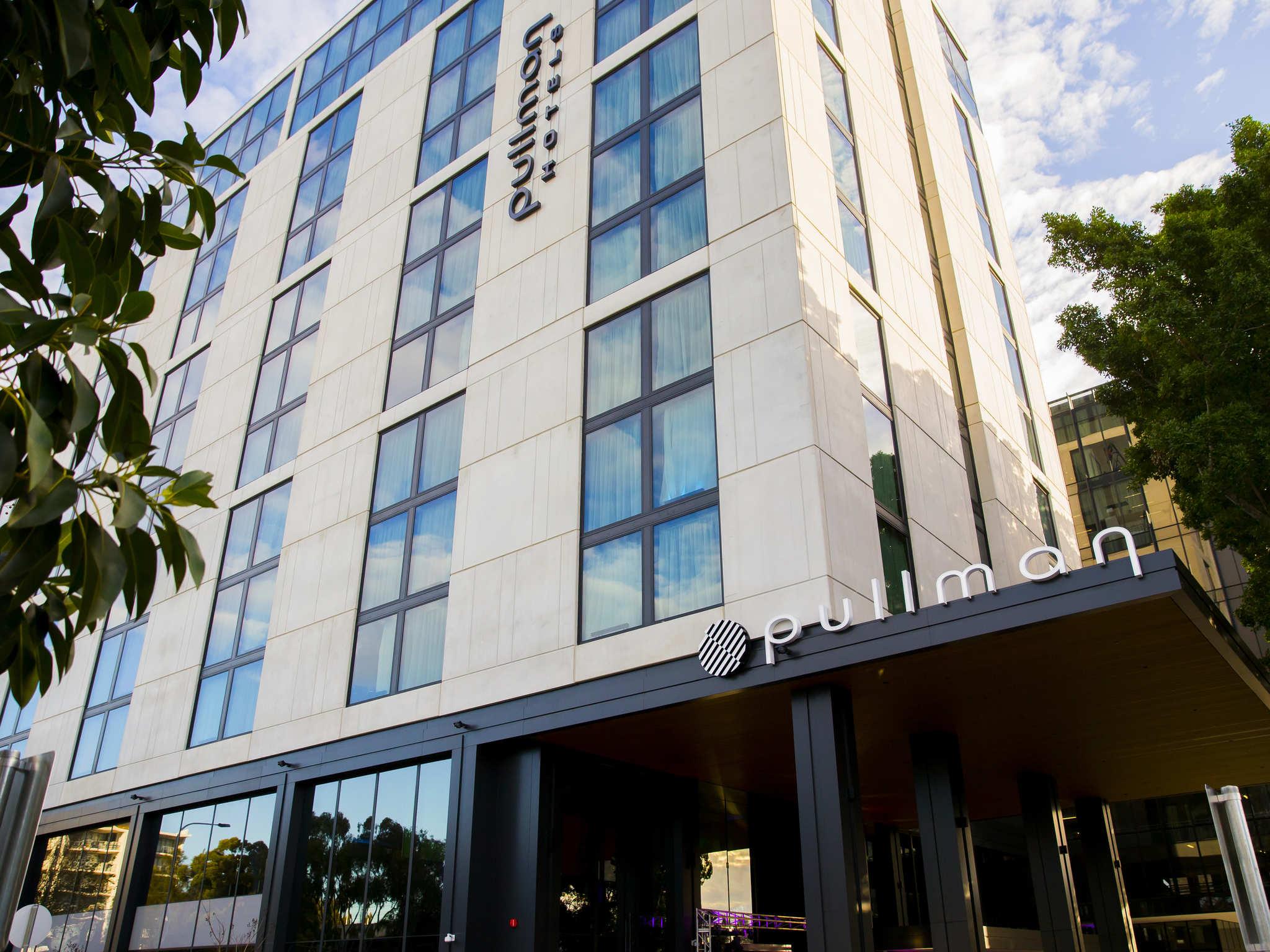 Hotell – Pullman Sydney Airport