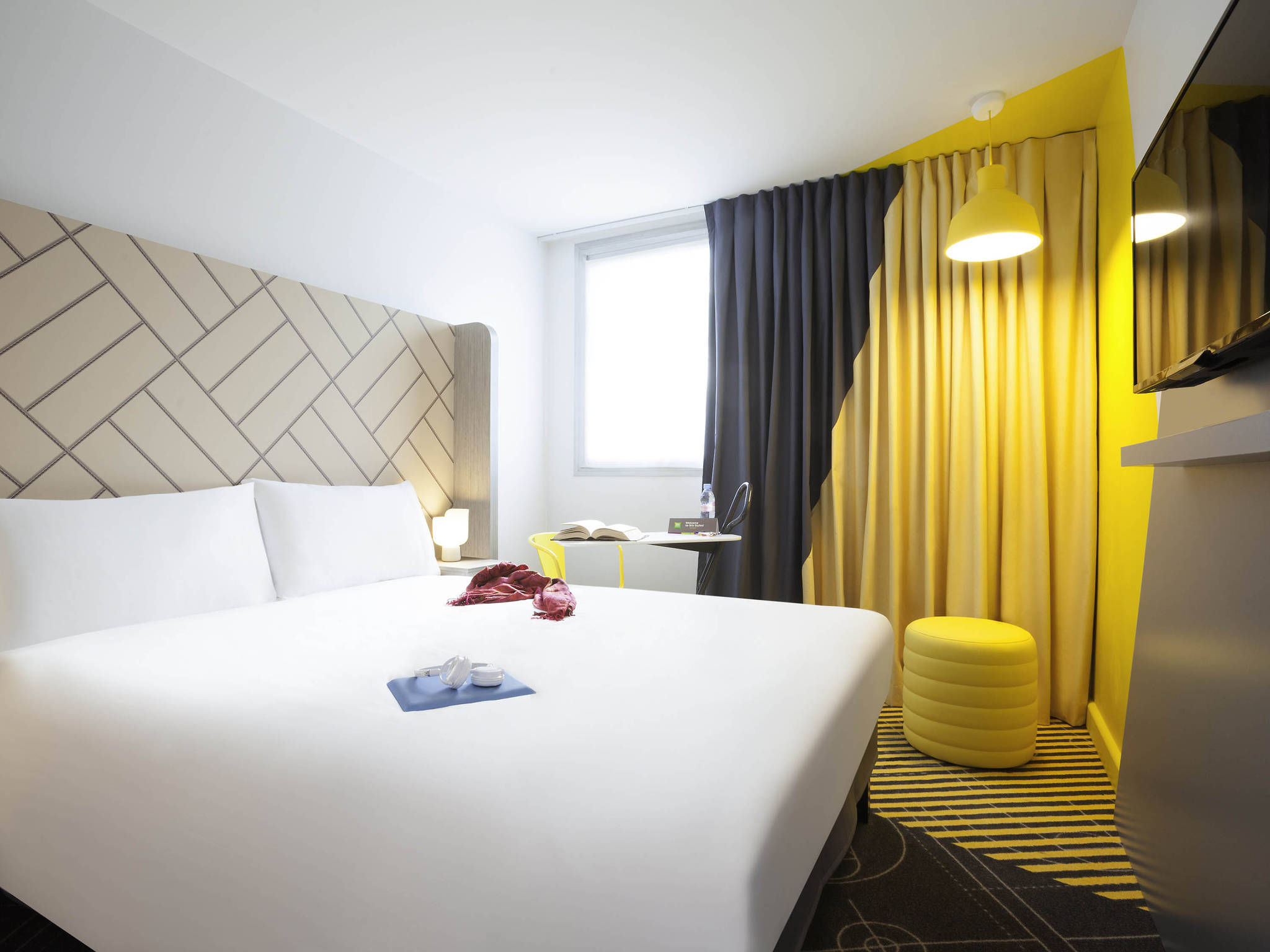 Hotel in paris ibis styles paris massena olympiades for Chambre de hotel france