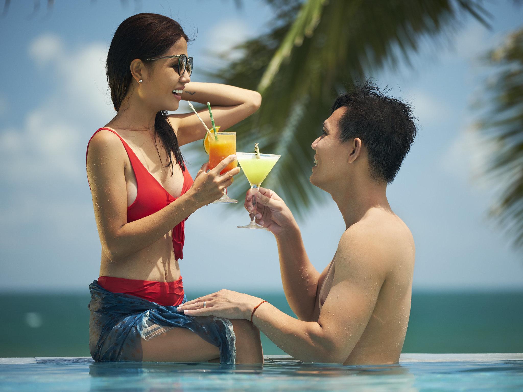 Bar Premier Village Danang Resort Managed By Accorhotels