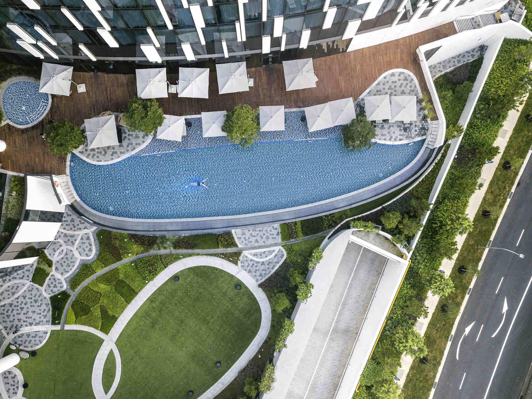 โรงแรม – โนโวเทล สิงคโปร์ ออน สตีเวนส์