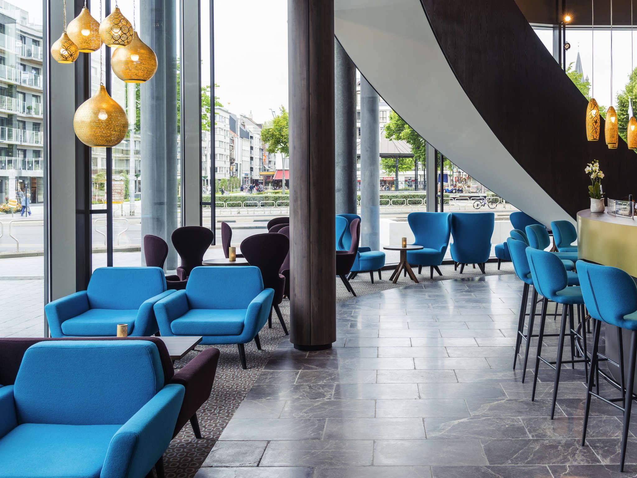โรงแรม – Hotel Mercure Blankenberge Station