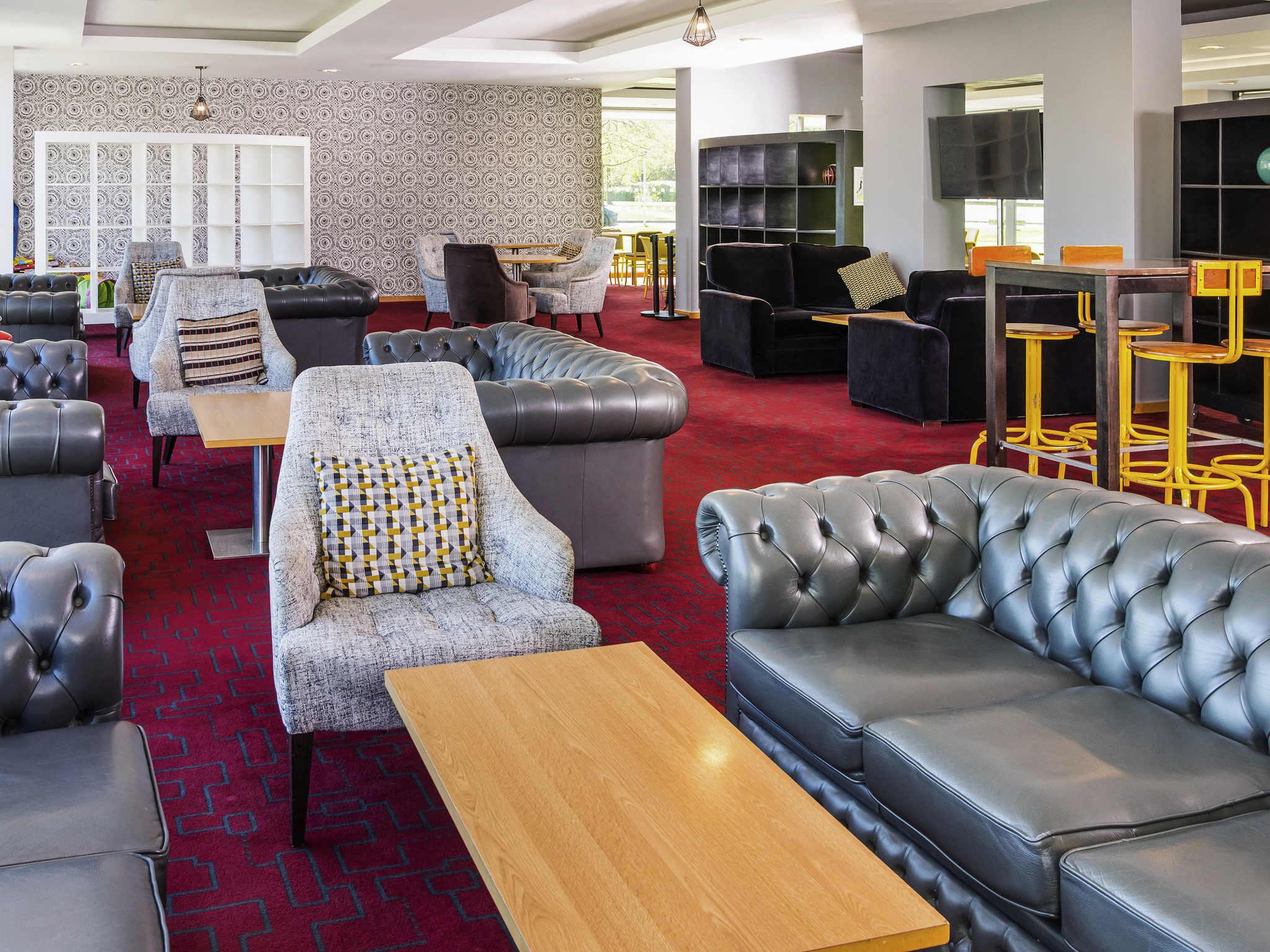 massachusetts discounts college bentley waltham near xxl see house hotel restaurant ma hyatt hotels