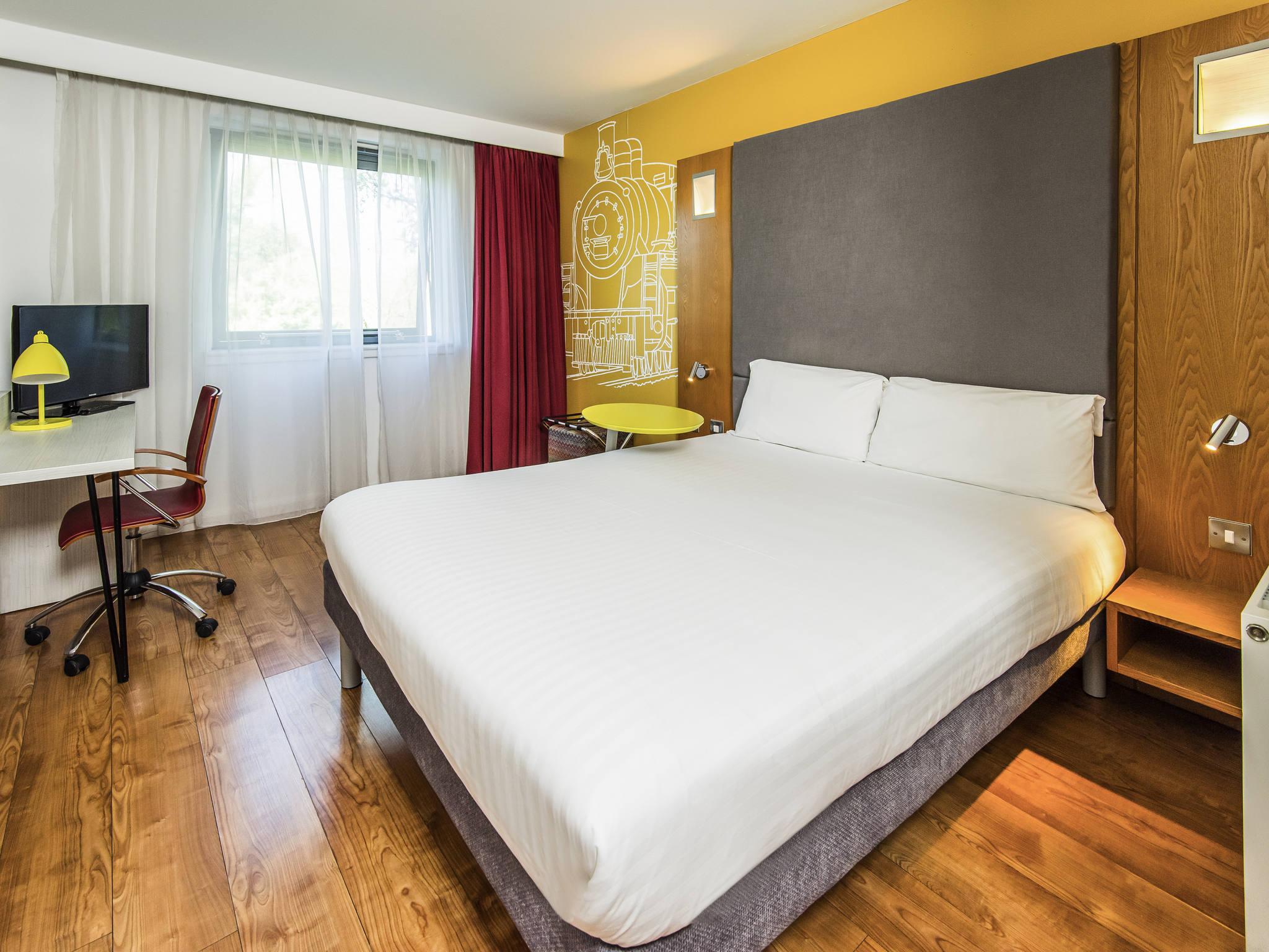 crewe ibis ho hotel near styles hotels in s college bentley gb index p