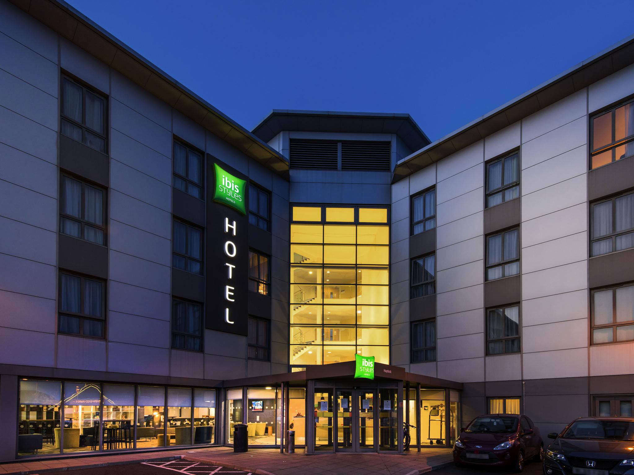 Отель — ibis Styles Haydock