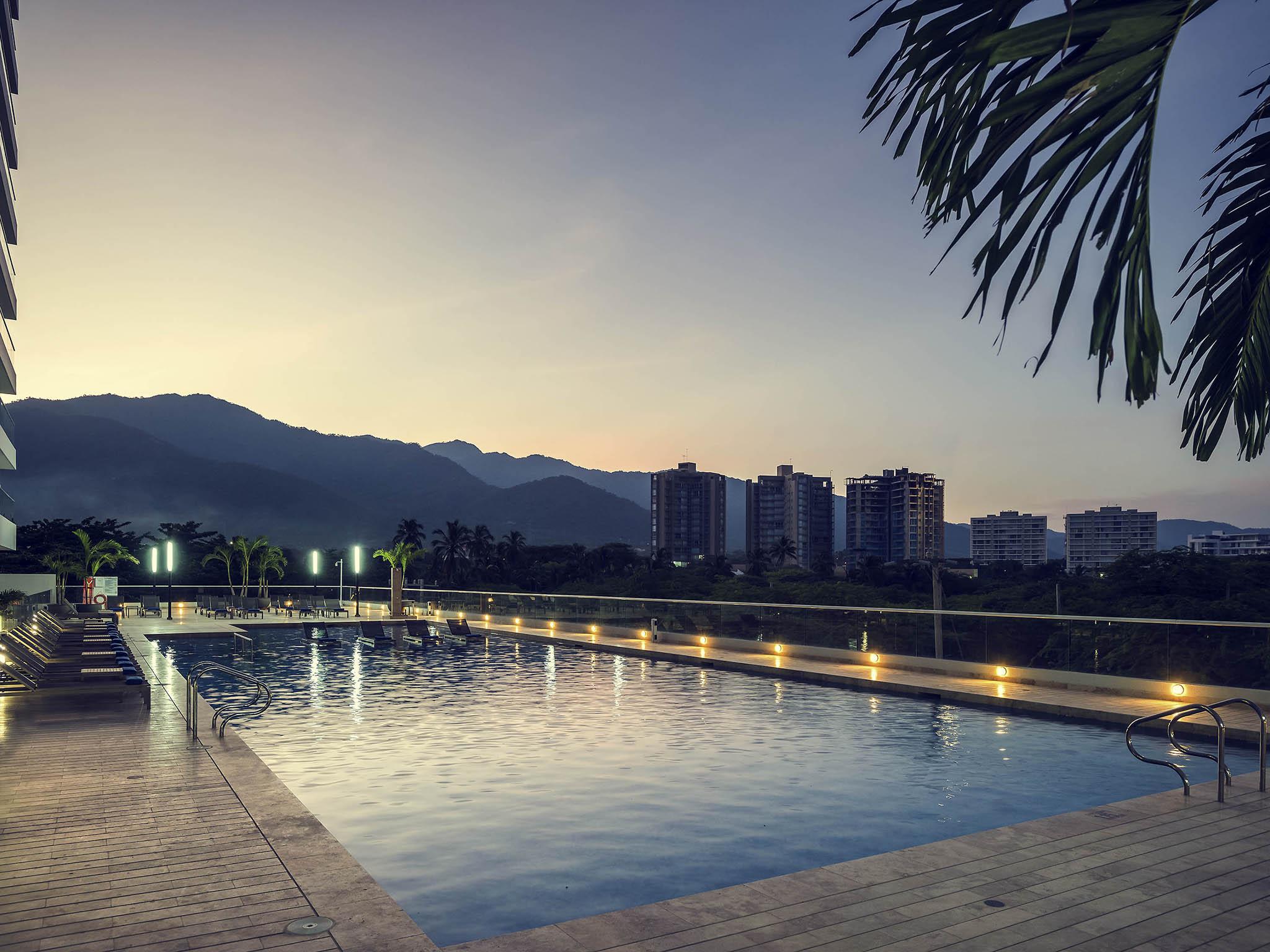 โรงแรม – Mercure Santa Marta Emile
