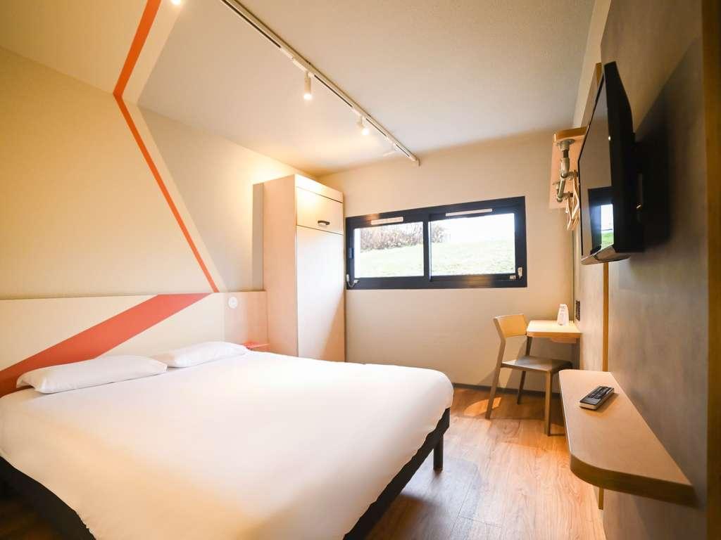 Hotel pas cher chasseneuil du poitou ibis budget site du for Site reservation hotel moins cher