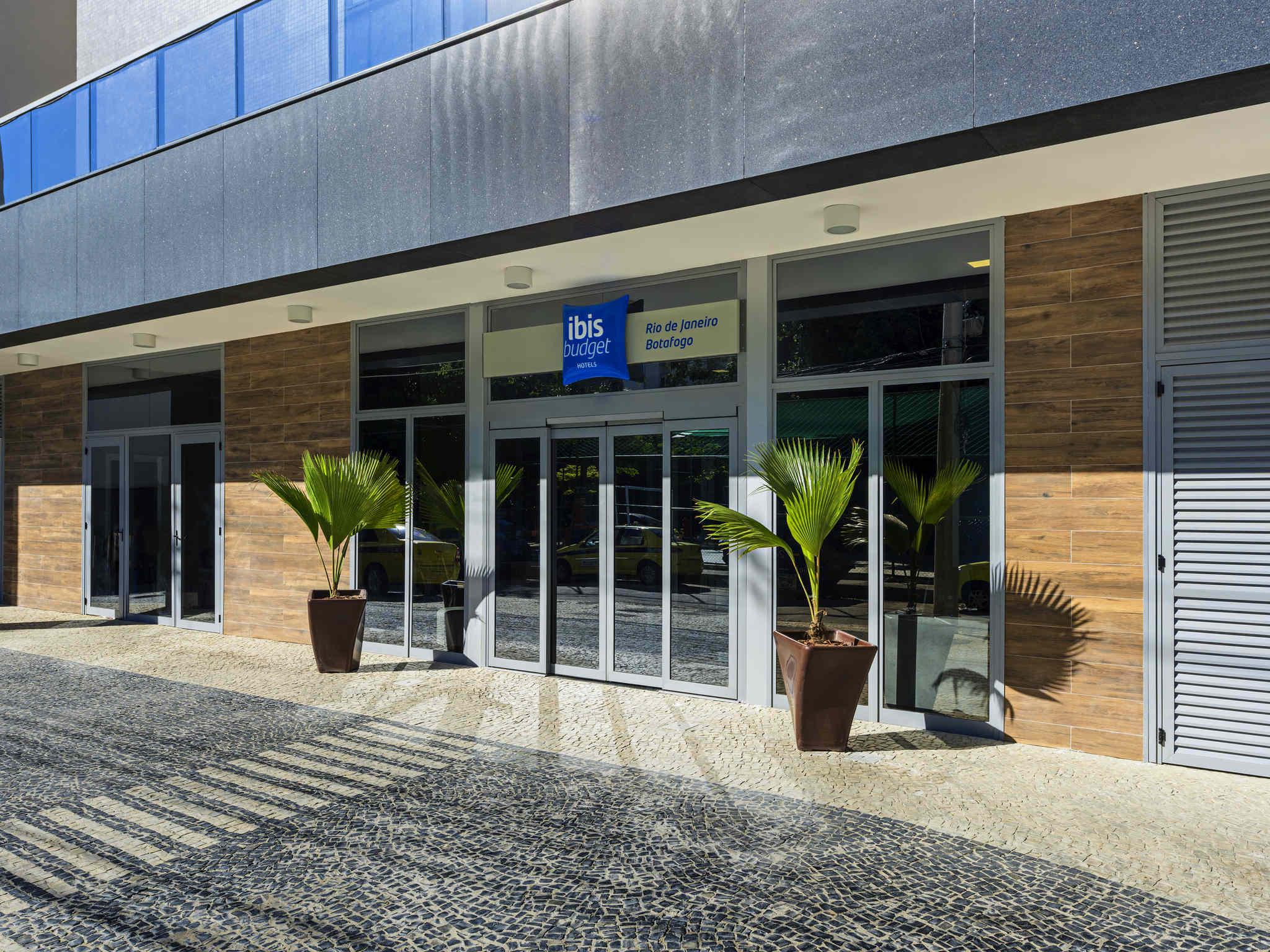 Hotel – ibis budget RJ Praia de Botafogo